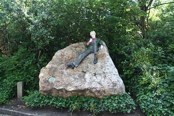 Oscar Wilde Monumnent